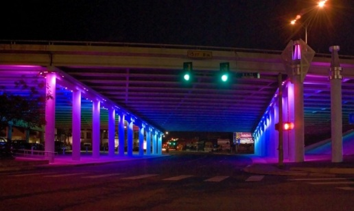 LED-Decorated-computer-controlled-Underpass-art-in-texas7